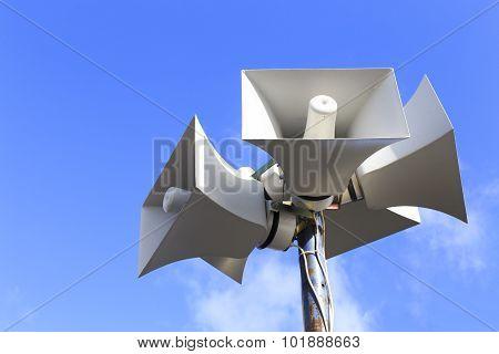 loudspeaker warning system