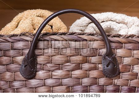 Wicker Basket With Towels