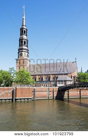 An image of St Catherine Church in Hamburg Germany