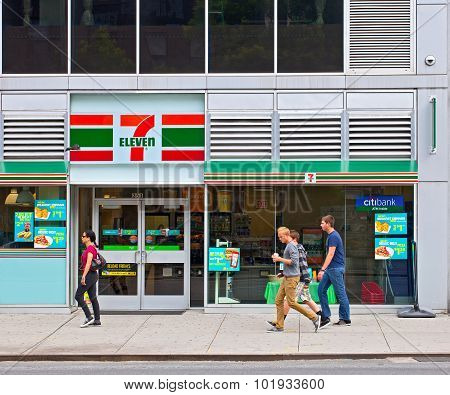 Seven Eleven store in New York