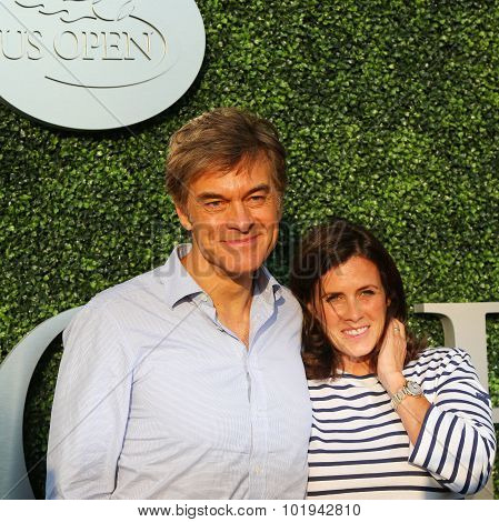 Dr Mehmet Oz aka Dr Oz and his wife Lisa Oz attend US Open 2015 tennis match between Williams sister