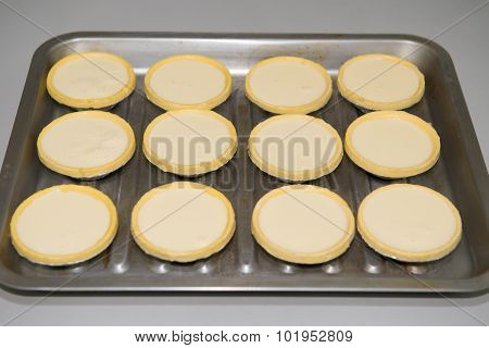 Making Egg Tarts