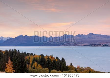 Glacial Lake Pukak