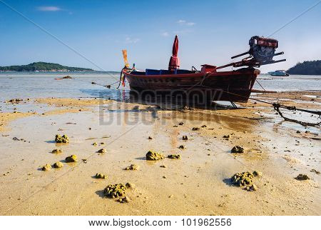 Boat On The Beach With Blue Sky Background, Treval Of Thailand
