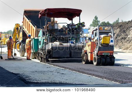 Asphalt Finisher Machine