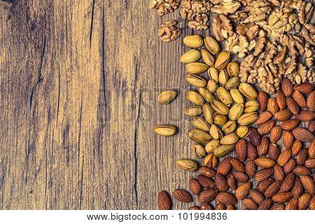 Mixed nuts o