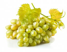 picture of cluster  - Cluster white grapes with leaf - JPG