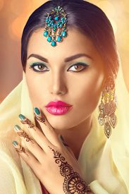 picture of indian  - Beauty Indian woman portrait - JPG