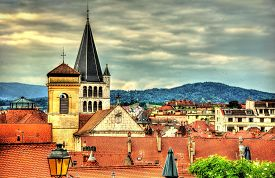 picture of annecy  - View of the historic centre of Annecy  - JPG