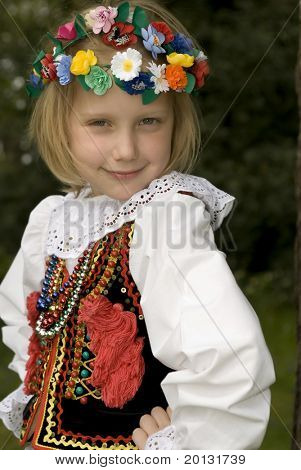 Children with traditional costume from Krakow