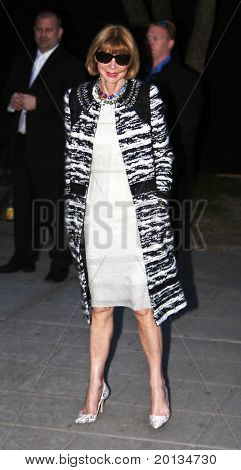 NEW YORK - APRIL 20: Anna Wintour arrives at New York State Supreme Court for the Vanity Fair party during the 2010 TriBeCa Film Festival on April 20, 2010 in New York City.