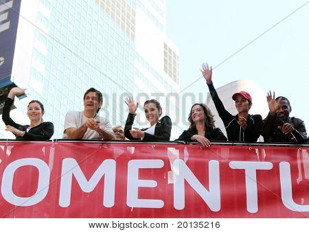 NEW YORK - MAY 1: L-R Jessica Biel,Dr. Mehmet Oz,Jessica Alba,Lilly Tartikoff,Halle Berry & Trey Songz at the 13th Annual EIF Revlon Run/Walk for Women in Times Square on May 1, 2010 in New York City.