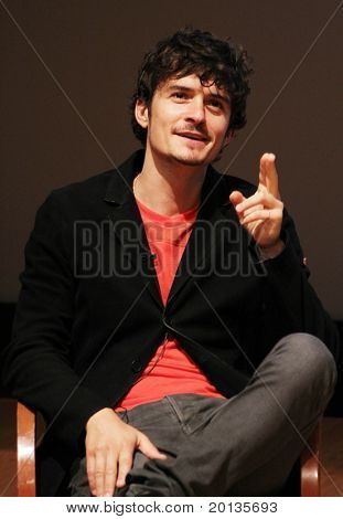 NEW YORK - JUNE 2:  Orlando Bloom speaks at the 2010 Adam Jeffrey Katz Memorial Series Lecture Series at the Rockefeller University on June 2, 2010 in New York City.