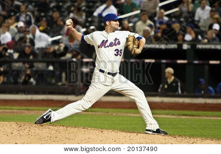 FLUSHING, NY - SEPTEMBER 15: New York Mets pitcher Bobby Parnell on the mound during a baseball game at CitiField ballpark against the Pittsburgh Pirates on September 15, 2010 in Flushing, New York.