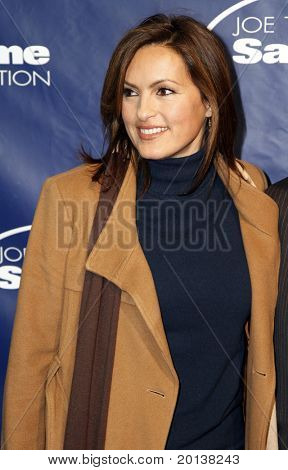 NEW YORK - NOV 11: Mariska Hargitay attends the 8th Annual Joe Torre Safe at Home Foundation Gala at Pier Sixty at Chelsea Piers on November 11, 2010 in New York City.