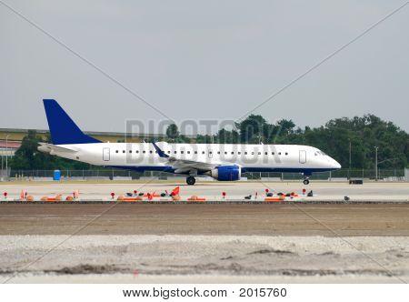 Stationary Business Jet