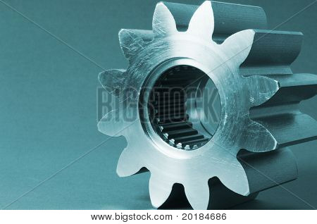 cog in greenish light
