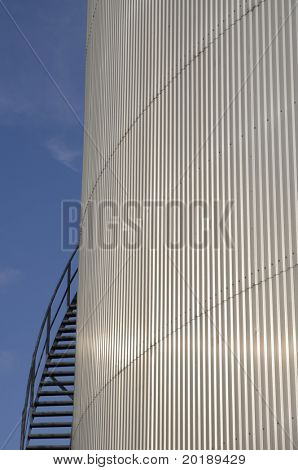 oil-storage-tank, side-view with staircase, conceptual shot
