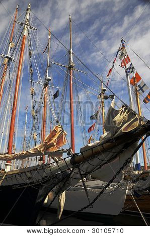 Tall Ship at Wooden Boat Festival