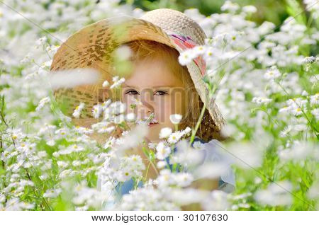 The little girl on walk