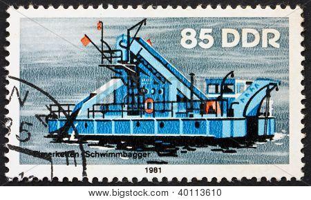 Postage Stamp Gdr 1981 Bucket Dredger, River Boat