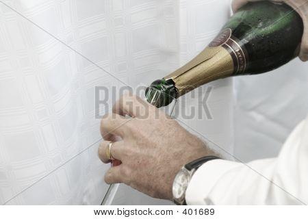 Pouring Champaigne