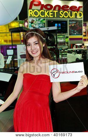 Female Presenter Of Redlineauto