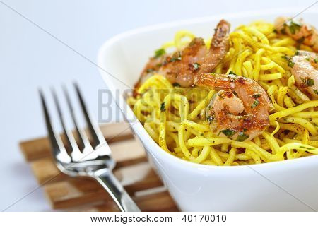Shrimp Curry Noodles