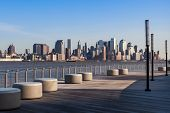 New York-Manhattan Skyline-Blick aus Hoboken waterfront