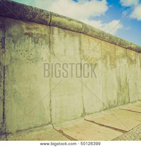 Retro Look Berlin Wall