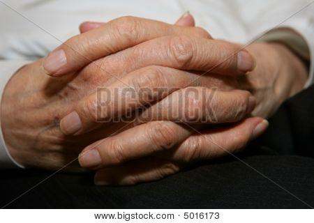 Senior's Hände