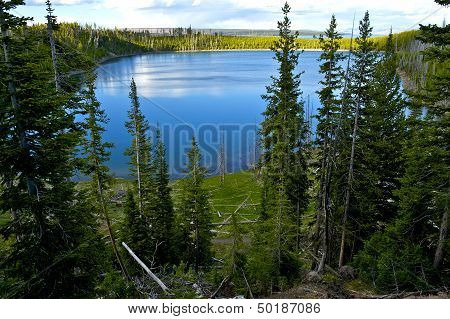 Yellowstone Lake Overview