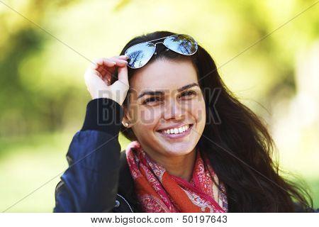 autumn woman portret close up