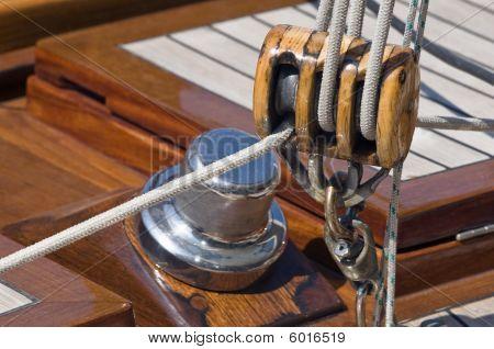 Sailing Pulley
