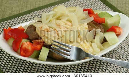 Jacket Potato With Cheese And Onion