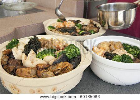 Poon Choi Cantonese Big Feast Bowls Preparation