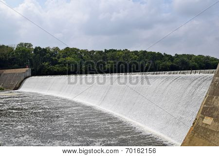 Griggs Reservoir Falls in Columbus, Ohio
