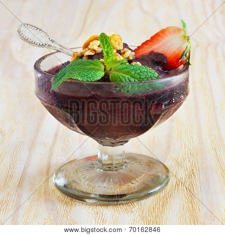 Acai Pulp With Strawberry And Fresh Mint In Glass