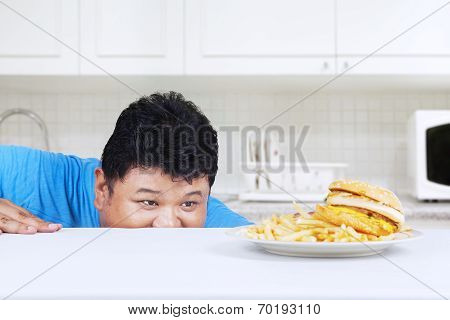 Man Is Peeping Hamburger