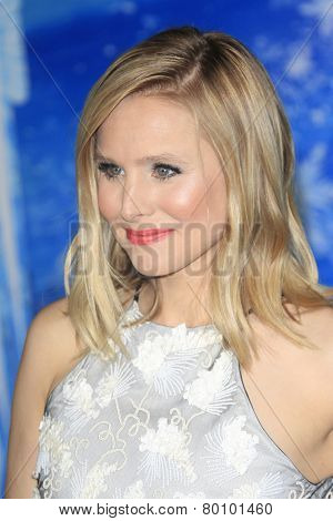 LOS ANGELES - NOV 19: Kristen Bell at the premiere of Walt Disney Animation Studios' 'Frozen' at the El Capitan Theater on November 19, 2013 in Los Angeles, CA