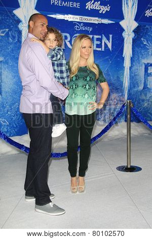 LOS ANGELES - NOV 19: Hank Baskett, Hank Baskett IV, Kendra Wilkinson at the premiere of Walt Disney Animation Studios' 'Frozen' at the El Capitan Theater on November 19, 2013 in Los Angeles, CA