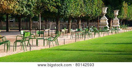 Gardens Des Tuileries In Paris
