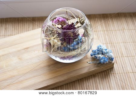 glass vase with dry flowers