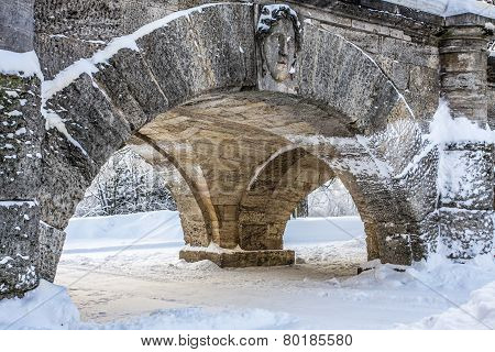 Arch in Catherine Park