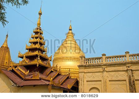 roofs in Bagan