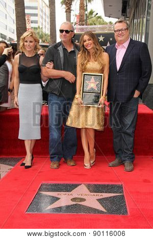 LOS ANGELES - MAY 7:  Julie Bowen, Ed O'Neill, Sofia Vergara, Eric Stonestreet at the Sofia Vergara Hollywood Walk of Fame Ceremony at the Hollywood Blvd on May 7, 2015 in Los Angeles, CA