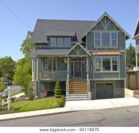 New House For Sale Portland Oregon.