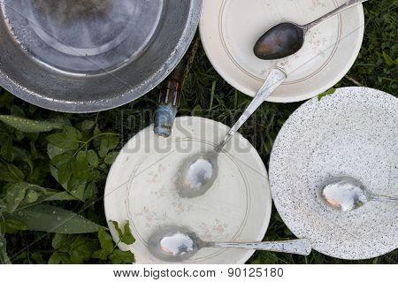 Plates Washing