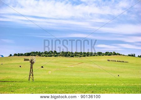 Scenic green agricultural field in USA, Utah.