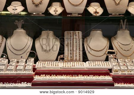 Jewelry Store (show-window)